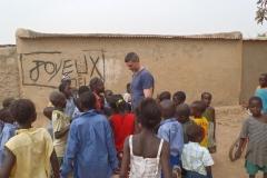 Moment de partage avec des enfants