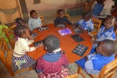 Cours de maternelle à Wassongdo